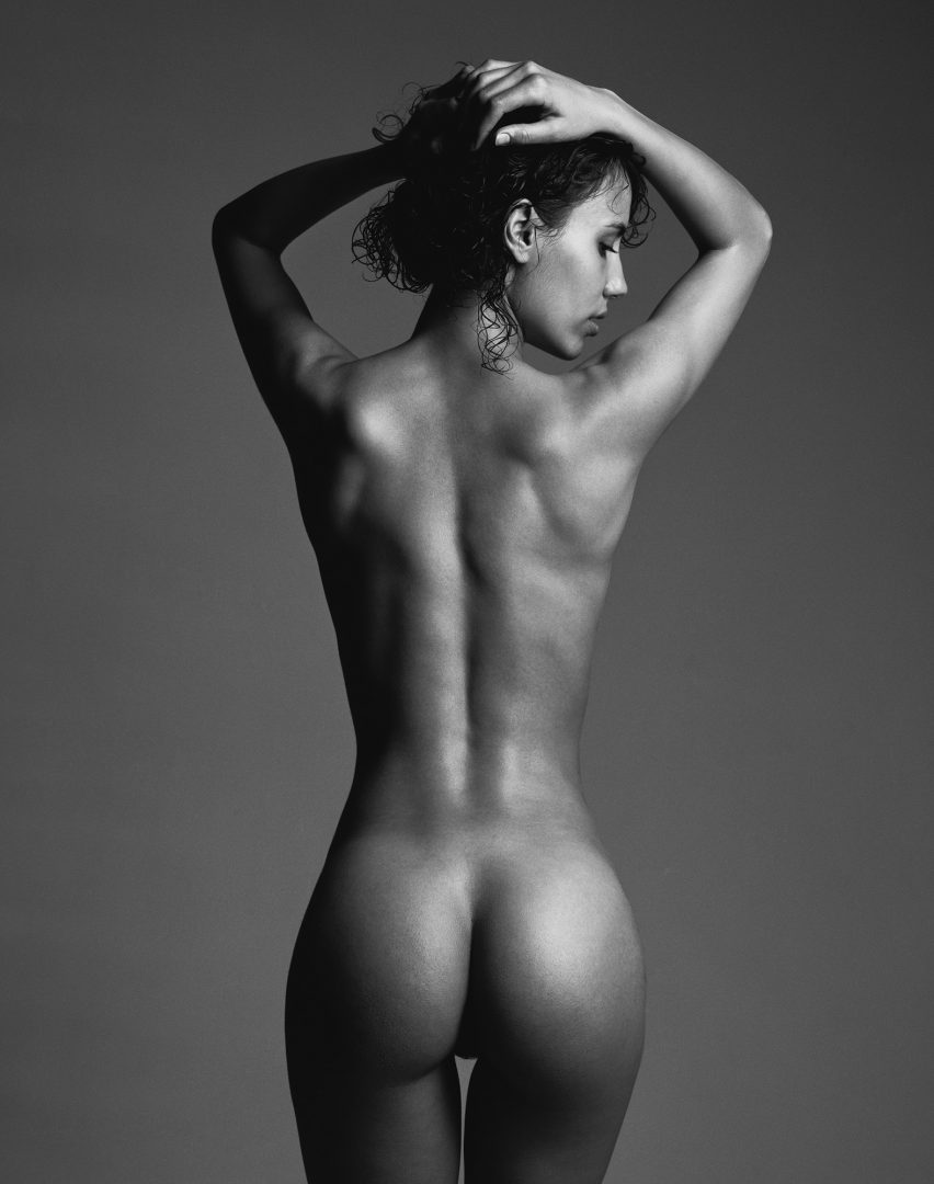 Naked girl from the back by Stefan Rappo