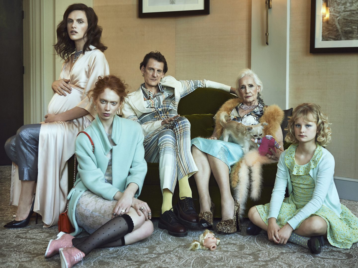 Group shoot of modern family by Stefan Rappo