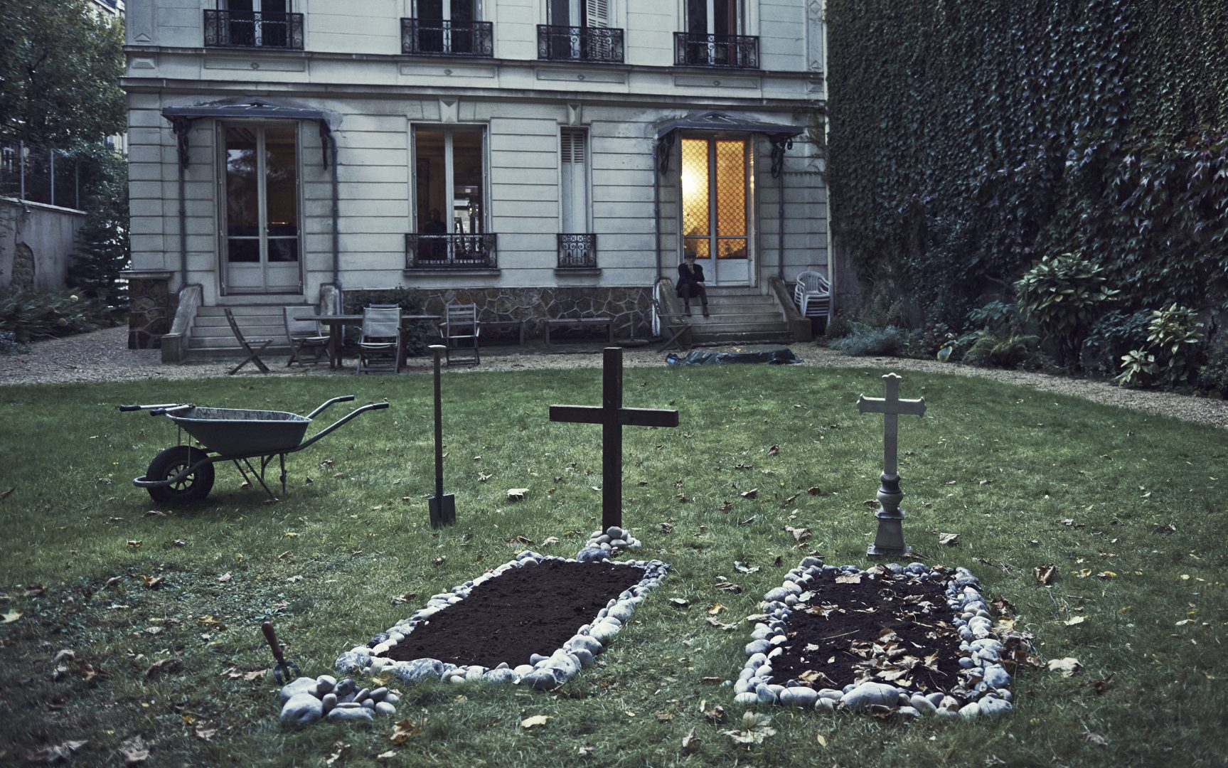 Two graves in garden by Stefan Rappo