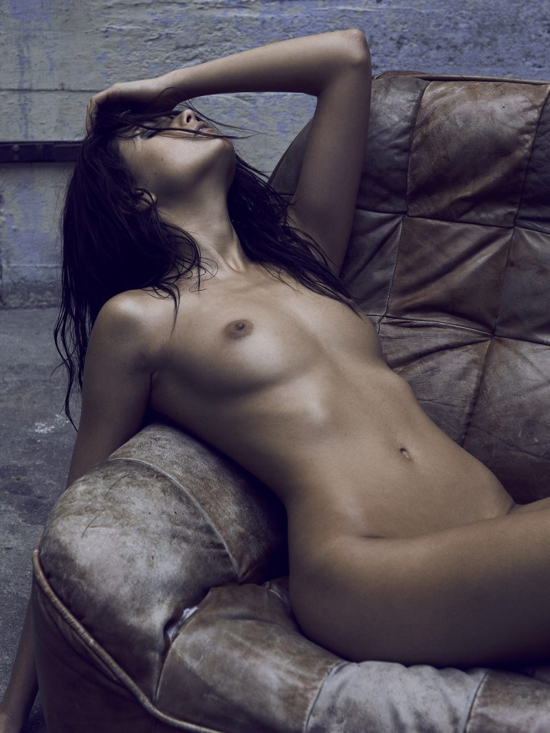 Naked girl sitting by Stefan Rappo