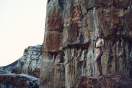 Thumbnail naked girl in nature