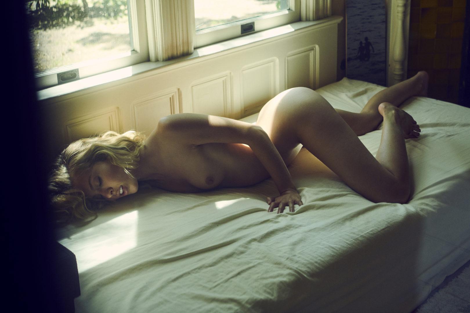 naked girl in house