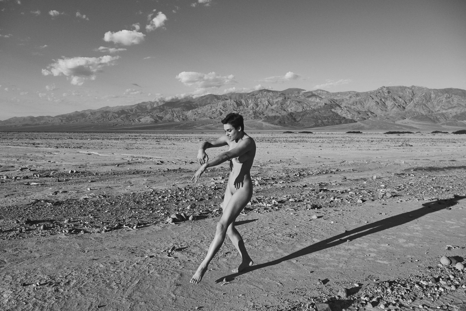naked girl in death valley shot by stefan rappo