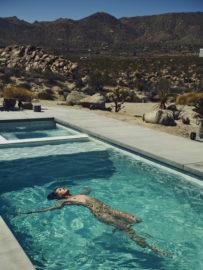 Thumbnail girl in pool