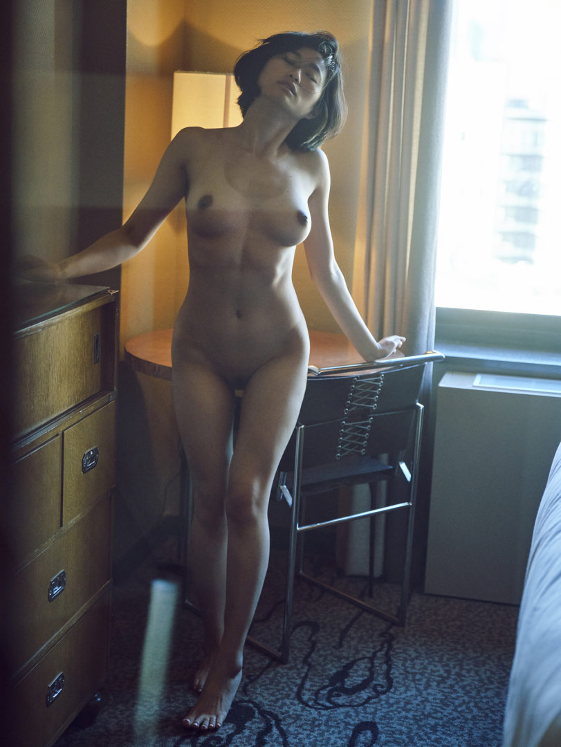 girl in hotel room